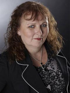 Lynn Cahoon image