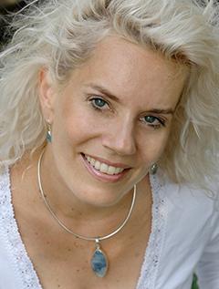 Cyndi Dale image