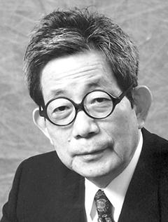Kenzaburo Oe image