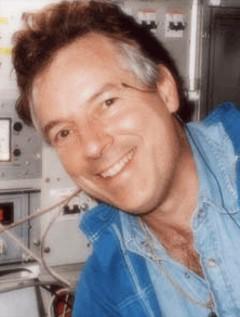 Charles Pellegrino image