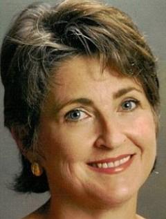 Gina Pera image