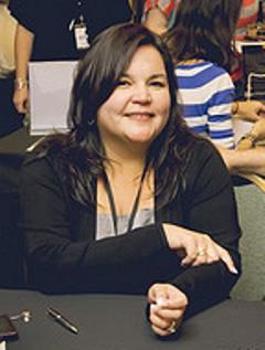Elizabeth Reyes image