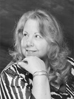 Denise Swanson image