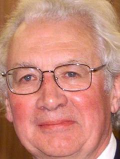 Hugh Thomas image