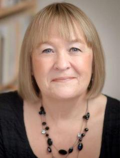Liz Trenow image