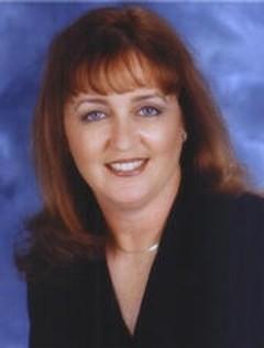 Lynn Viehl image